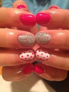 3f70e20df56b9410f06c16e1e4c48e32--fake-nail-designs-easy-at-home-nail-designs